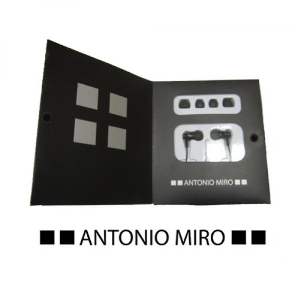 Detalle de boda Auriculares Rolder -Antonio Miro-