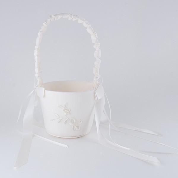 Complemento para boda cesta arras bordado ramito