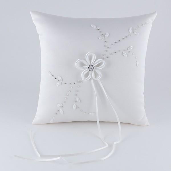 Complemento para boda cojín flores brillante