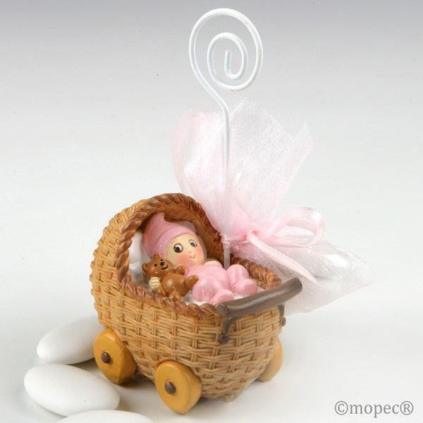 Detalle bautizo portafoto bebe rosa en cochecito con tres peladillas