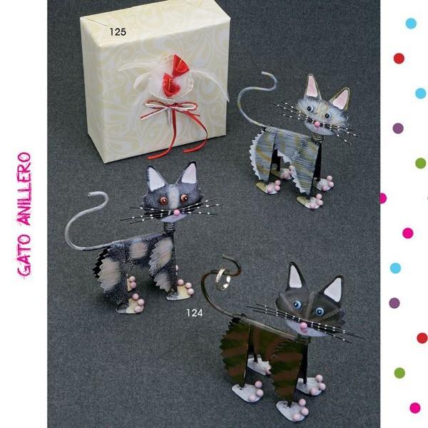 Detalle de boda anillero gatito metal