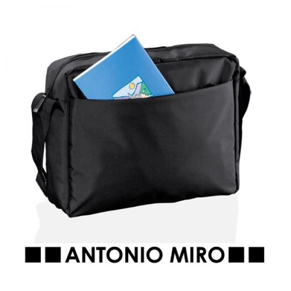 Detalle de Boda Bandolera Layres Antonio Miro