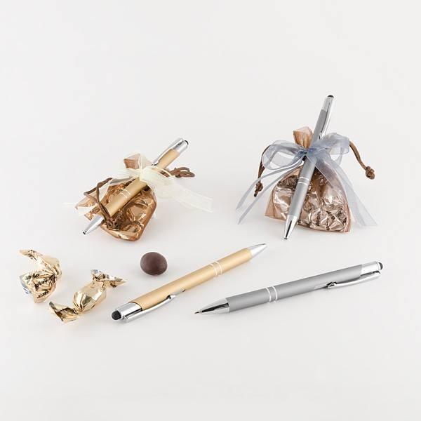 Detalle boda bolígrafo elegante aluminio y tres chocolates