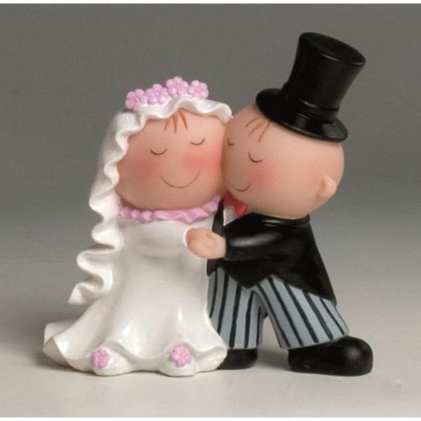 Detalle boda figura tarta novios bailando
