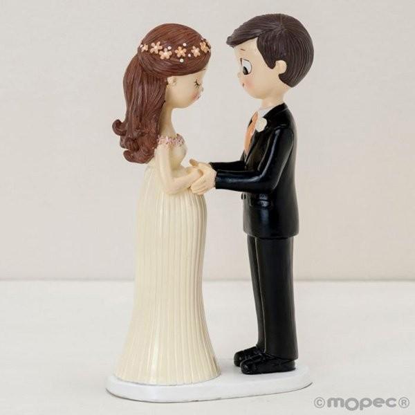 Detalle boda figura tarta novios embarazados