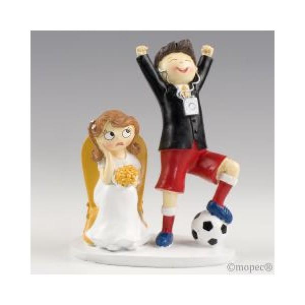 Detalle boda figura tarta novios futbolista