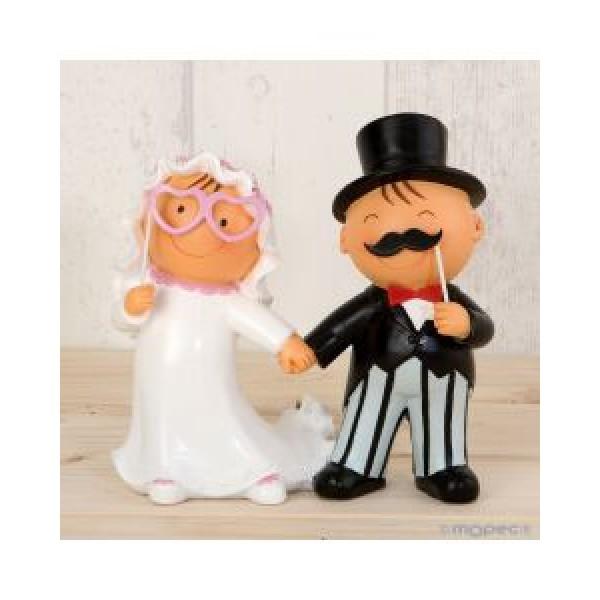 Detalle boda figura tarta novios photocall