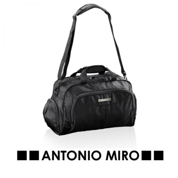 Detalle de Boda Bolso Vincal -Antonio Miro-