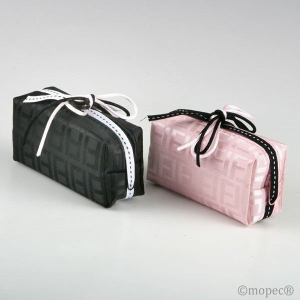 Detalle de Boda bolsa cremallera rosa y negro