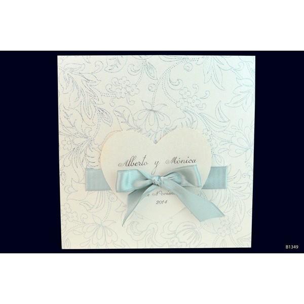 Invitacion boda romantica corazon lazado
