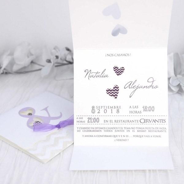Invitación de boda romántica plegada