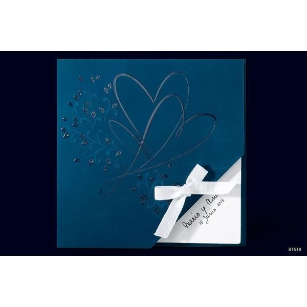 Invitacion boda romantica corazones estampados
