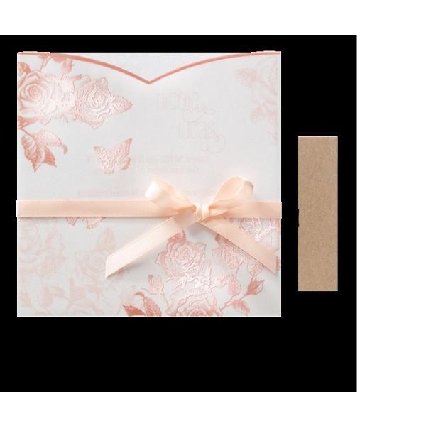 Invitación de boda original con rosas estampadas