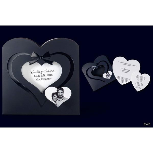 Invitacion boda romantica corazones troquelados