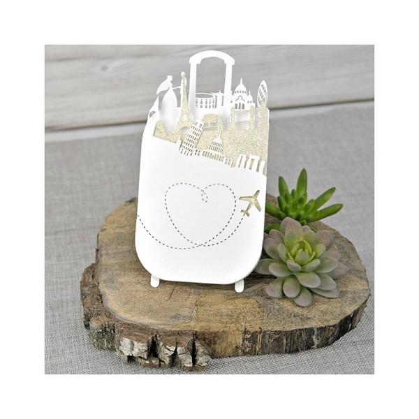 Invitación de boda creativa maleta corazón